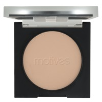 motives-full-coverage-photo-finish-powder