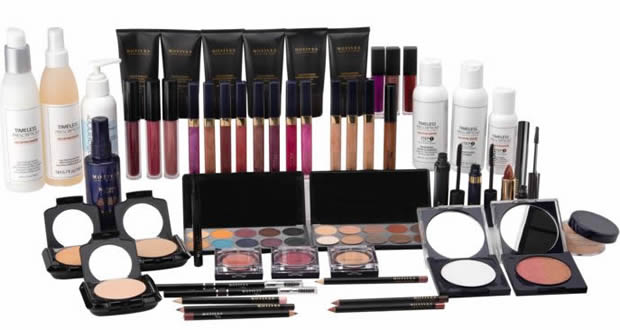 What Motives Cosmetics Kits Are Available